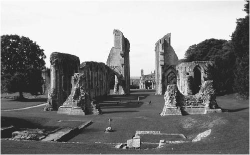 Glastonbury Abbey. (JANET AND COLIN BORD/FORTEAN  PICTURE LIBRARY)