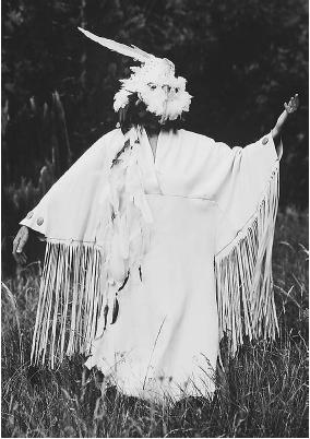 Native American dressed like an animal spirit. (CORBIS CORPORATION)